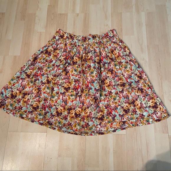 Midtown Dresses & Skirts - ⚡️2 for $20⚡️Midtown floral skirt